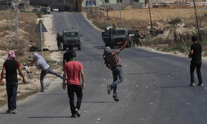 الاحتلال يعتقل أربعة فلسطينيين بزعم التخطيط لعملية تفجيرية قرب نابلس