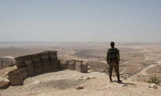 إصابة ضابط إسرائيلي بإطلاق نار من الجانب المصري