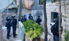 القدس: شرطة الاحتلال تداهم مؤسستين ثقافيتين وتعتقل مديريهما لساعات