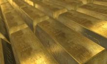 الذهب يقفز 1% مدعوما بتراجع الدولار
