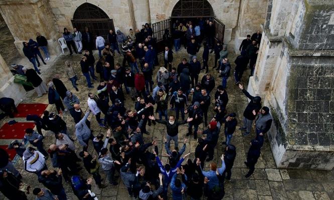 الاحتلال يعتقل شابًا من مصلى باب الرحمة