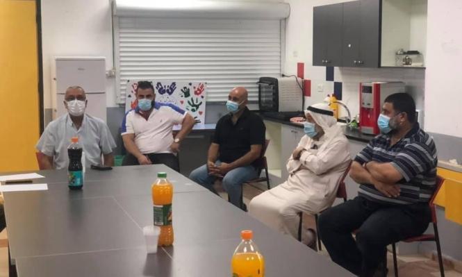قلنسوة: رئيس البلدية يوصي بالإغلاق التام إثر تفشي كورونا