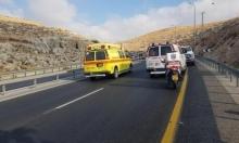 4 إصابات في حادث طرق بالنقب