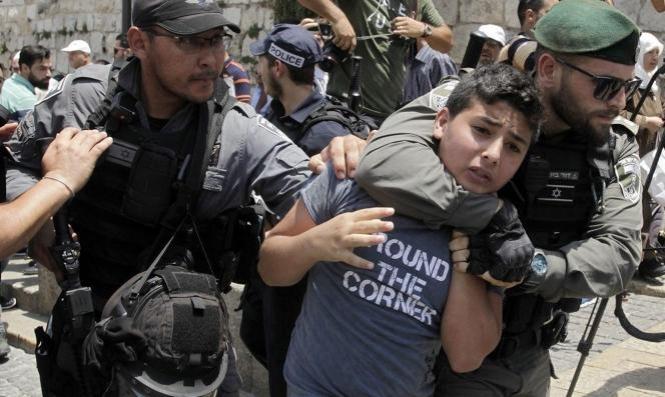 الاحتلال يعتقل فتية في يعبد وسيدة وولديها بالخليل