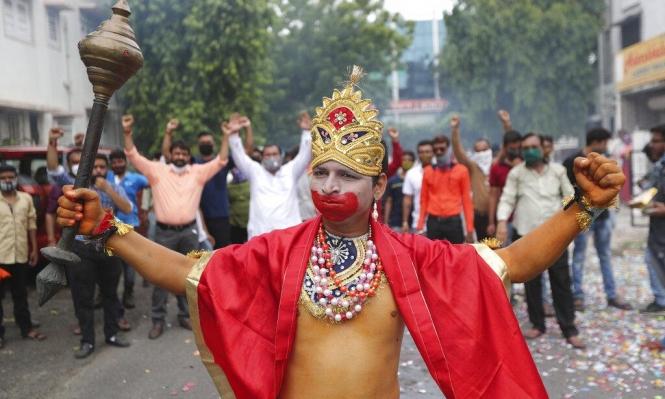 """كورونا: مليونا مصاب في الهند """"ولا موجة ثانية"""" في إسبانيا"""