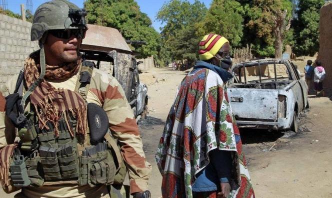 مقتل 8 بينهم 6 سياح فرنسيين برصاص مسلحين في النيجر