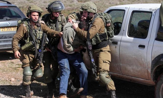 الاحتلال اعتقل 429 فلسطينيا بينهم 32 طفلا خلال تموز