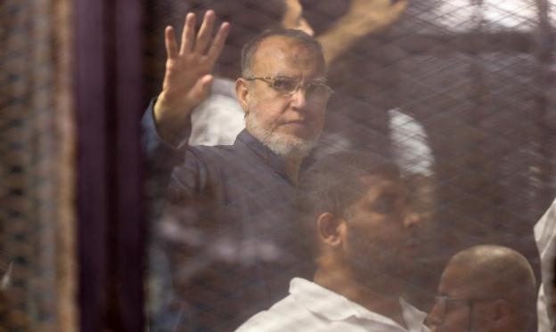 مصر: دفن عصام العريان بحضور 12 شخصًا فقط