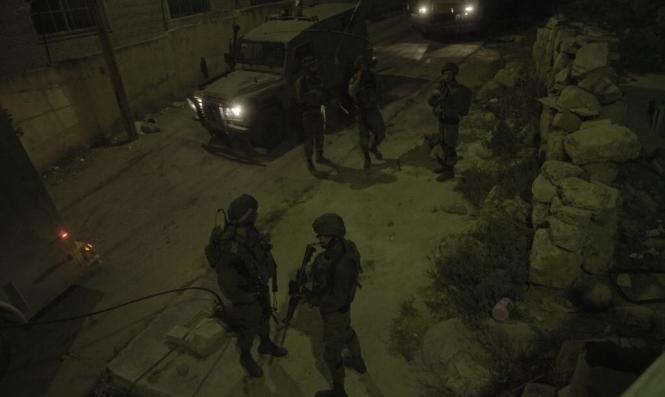 دير أبو مشعل: 3 إصابات برصاص حيّ أطلقه جنود الاحتلال