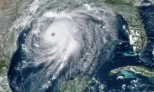 """إعصار """"لورا"""" يهدّد السكان على السواحل الأميركية"""