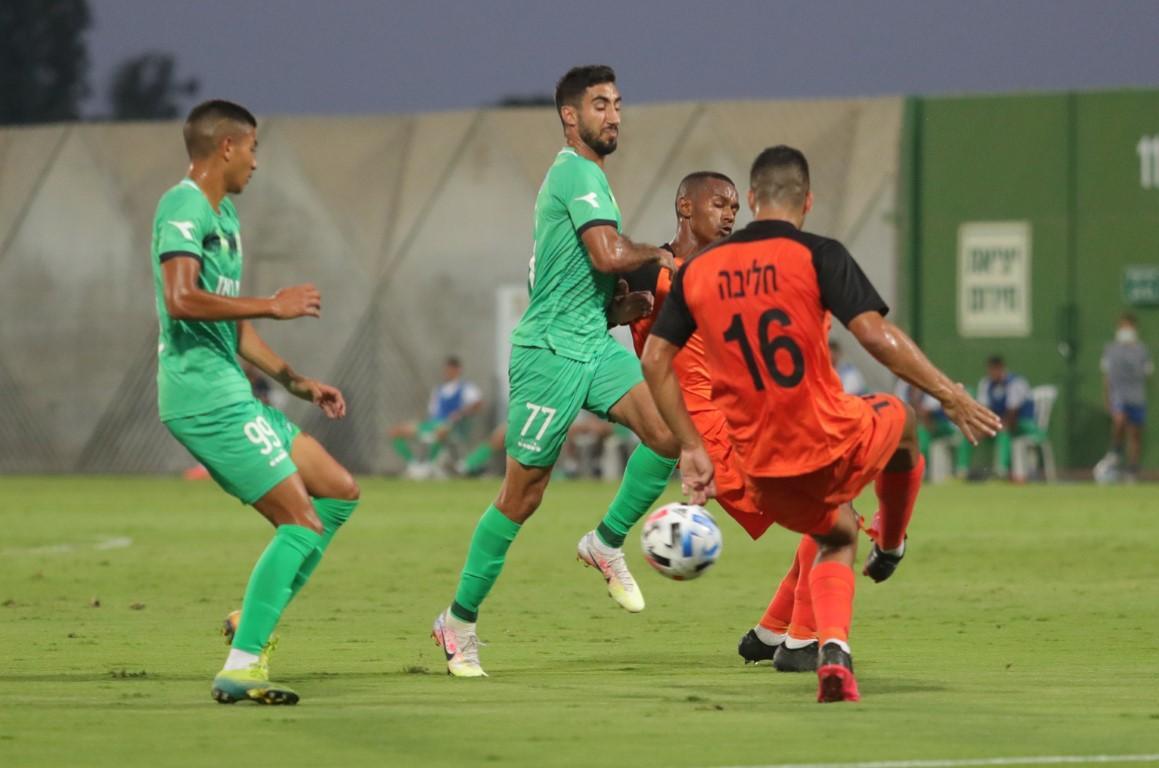 أخاء الناصرة يحصد نقطة بافتتاحية الدوري