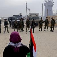قرار للاحتلال بالإفراج عن الأسيرة تسنيم القاضي