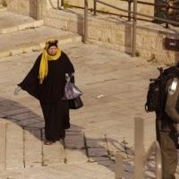 تقرير: إسرائيل فقدت السيطرة على كورونا بظل انعدام استقرار سياسي