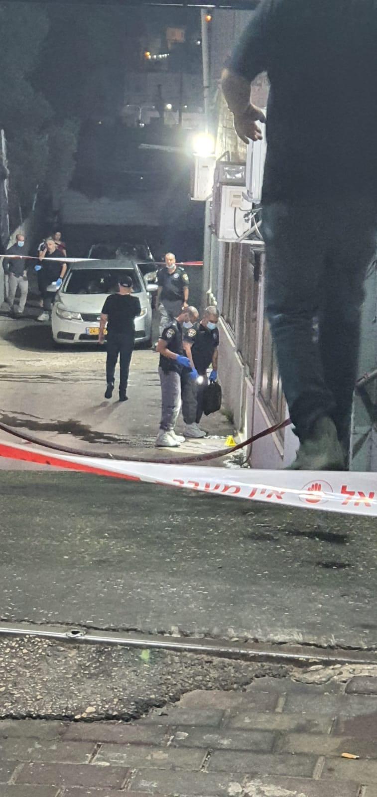 """جريمة القتل المزدوجة بالناصرة: تمديد اعتقال شابين من أم الفحم و""""نوف هجليل"""""""