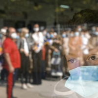 أكثر من 30 مليون إصابة عالميا واختبارات على أدوية عشبية لعلاج كورونا