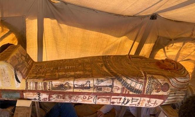 مصر: العثور على 14 تابوتا مغلقا قرب أهرامات الجيزة