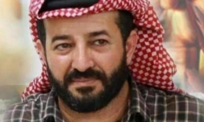 نادي الأسير: قرار تجميد الاعتقال الإداري للأخرس التفاف على الإضراب