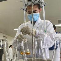 لقاح حادي عشر لكورونا يدخل المرحلة النهائية من التجارب السريرية