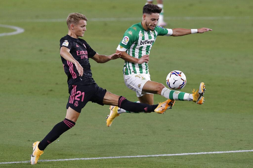 راموس يقود ريال مدريد لفوز صعب