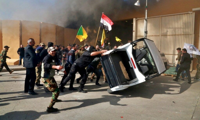 العراق: تعهدات لواشنطن بشأن المصالح الأميركية وقلق من إمكانية إغلاق السفارة