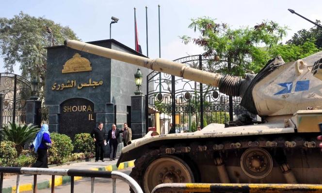 هل تسبب إغلاق حفتر للمنشآت النفطية بانهيار الاقتصاد الليبي؟