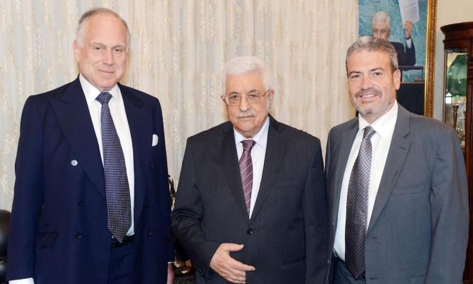 """عباس يجتمع برئيس """"المؤتمر اليهودي العالمي"""" في رام الله"""