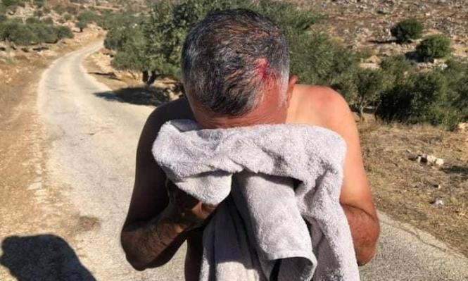 مستوطنون يعتدون على قاطفي زيتون شرقي رام الله