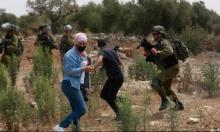 الاحتلال يعتدي على محتجين ضد الاستيطان قرب الخليل