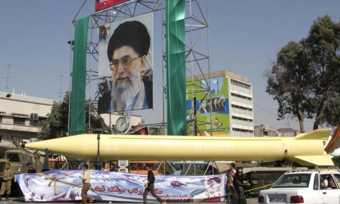 """إيران تعلن """"انتهاءً تلقائيا"""" لحظر بيع وشراء السلاح مع دول العالم"""