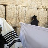 الصحة الإسرائيلية: 892 مصابا جديدا بكورونا أمس