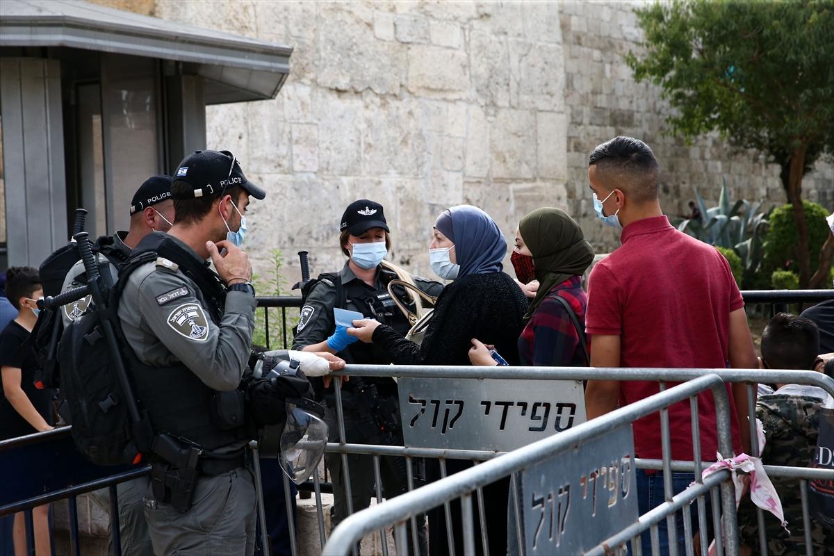 الاحتلال يمنع فلسطينيين من الدخول للأقصى والإبراهيمي لإحياء ذكرى المولد النبوي