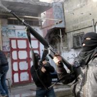قتيل وأربع إصابات في شجار بمخيم بلاطة