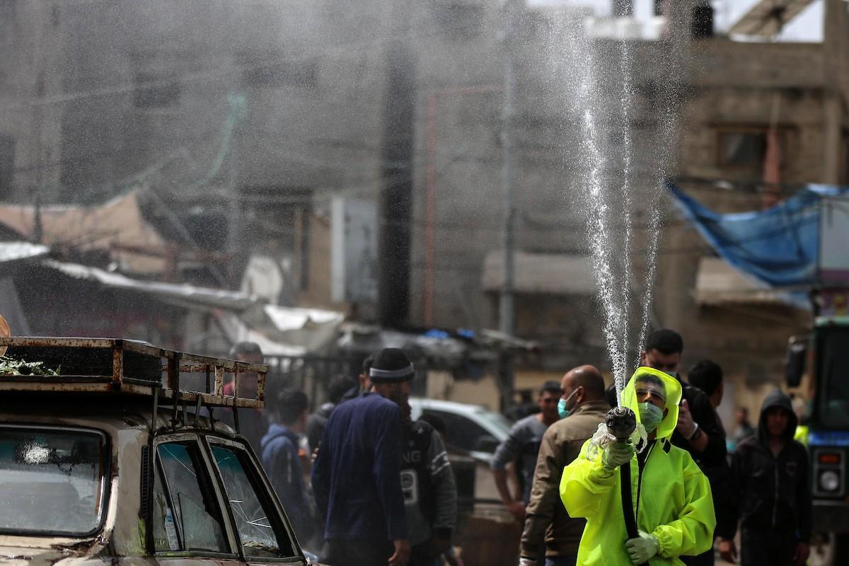 إجراءات الوقاية من كورونا في غزّة (أ ب أ)