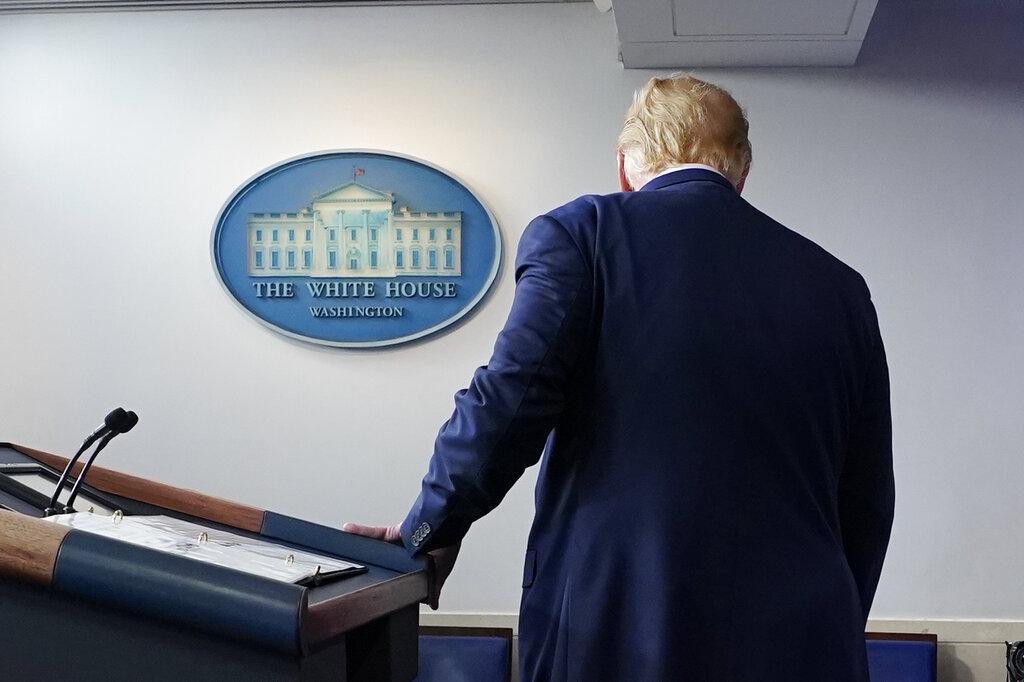 أميركا تنتظر حسم فوز بايدن.. وترامب يحذر
