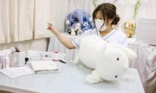 """عيادة في طوكيو تعالج """"الدُمى المصابة"""""""