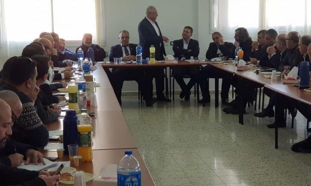 من اجتماع سابق للجنة القطرية لرؤساء السلطات المحلية