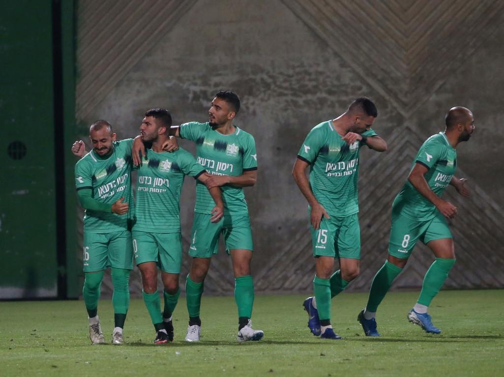 الدرجة الممتازة: الفرق العربية تتعادل في مبارياتها