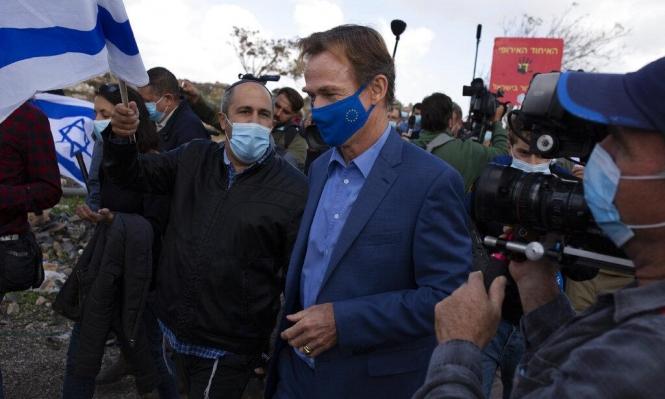 مستوطنون يهاجمون بعثة أوروبية خلال رصدها للتوسع الاستيطاني بالقدس