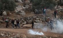 إصابات بالاختناق جراء قمع الاحتلال مسيرة في بيت دجن