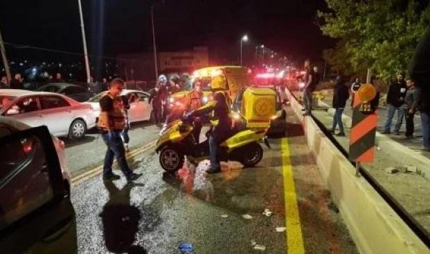 5 إصابات بينها خطيرة في حادث طرق بالزرازير