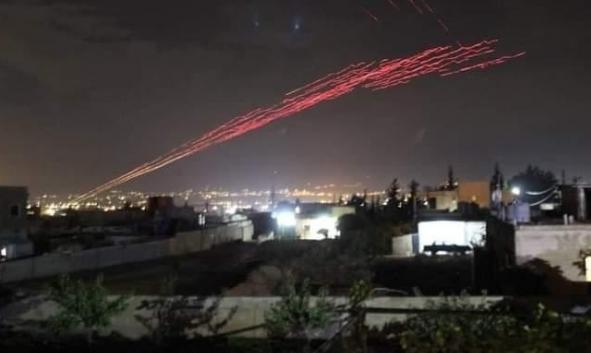 """""""شجار"""" بين عائلتين في لبنان: قذائف صاروخية ورشاشات"""