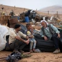 اعتقالات بالضفة والاحتلال يشرد عائلات فلسطينية بالأغوار