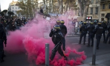 الشرطة الفرنسية تستخدم قنابل الغاز لتفكيك مخيم للمهاجرين بباريس