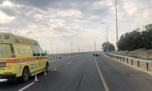 النقب: مصرع سائق دراجة نارية في حادث طرق