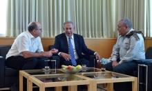 """مساع لتشكيل حزب بقيادة آيزنكوت ويعالون """"لكسر التوازن"""" السياسي الإسرائيلي"""