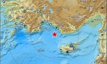 زلزال يضرب سواحل تركيا يشعر به سكان شمالي البلاد