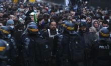 """فرنسا: الآلاف في مدن مركزية ضد قانون """"الأمن الشامل"""""""