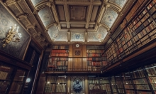 المكتبات الإيرانيّة.. 70% من القرّاء هن نساء