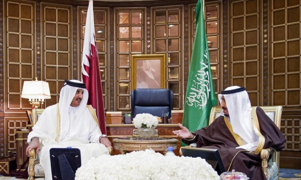 الملك سلمان يدعو أمير قطر لحضور قمة مجلس التعاون الخليجي