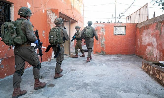 اعتقالات بالضفة والاحتلال يعتدي على مواطنين ببيت لحم